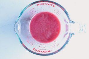 ハーブドリンクレシピ:バジルとザクロのレモネード工程3