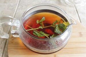 ミントティー:アイス紅茶ミントティー:工程2