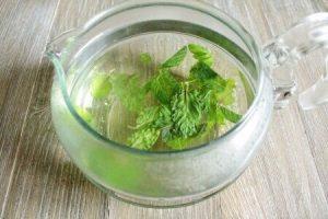 ミントティーと緑茶のアイスティー:工程1