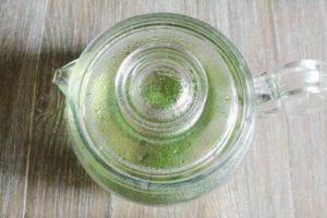 ミントティーと緑茶のアイスティー:工程2