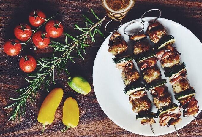 ローズマリーの使い方【硬い・苦いを解決】料理においしく使うコツ