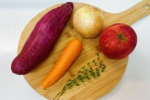 タイムとサツマイモのポタージュの作り方1