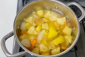 タイムとサツマイモのポタージュの作り方7