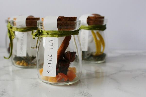 【おしゃれなガラス瓶でギフト作り!】ハーブティーで簡単ギフト