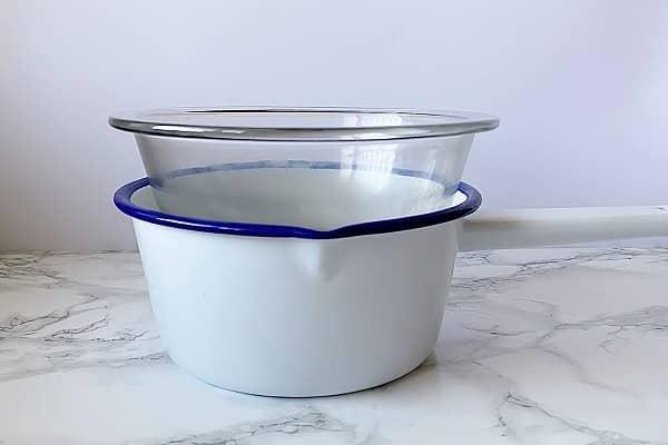 ハーブ軟膏の作り方:湯煎