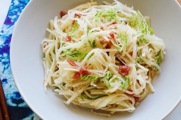 カモミールの大根サラダの作り方